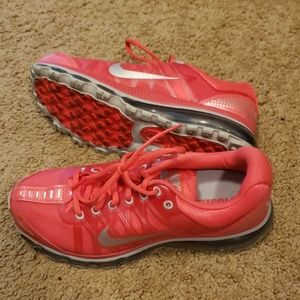 Red/pink Mile Air Max Women's 9.5